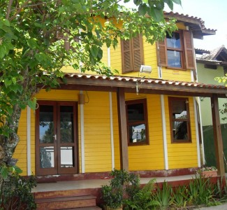Casa 3 Dormitórios, Campeche Ref: 002